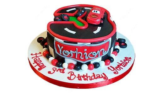 کیک تولد تم مکویین-