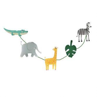 ریسه شکل دار حیوانات جنگل
